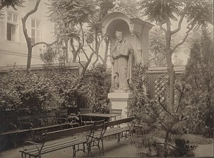 Statue des hl. Josef Calasanz